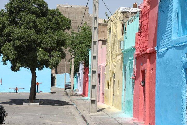 کاهش جرم و بزه با رنگ آمیزی محله هرندی