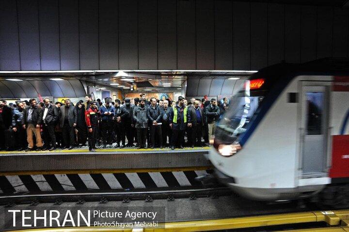 خدمات رسانی رایگان مترو به شرکتکنندگان در پیاده روی اربعین