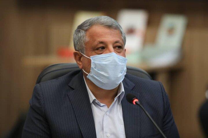 تصمیم گیرندگان ستاد کرونا جسارت تعطیلی تهران را ندارند