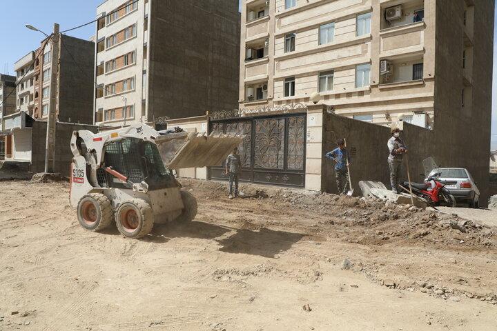 عملیات احداث و بهسازی خیابان پاییزان دو