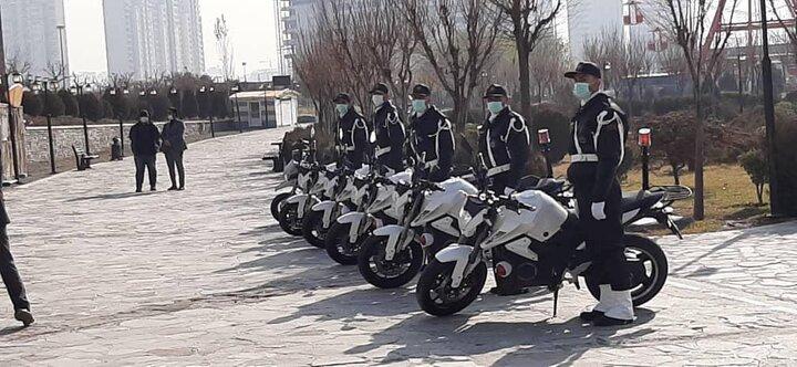 بهکارگیری موتورسیکلت های برقی در مجموعه فرهنگی گردشگری دریاچه شهدای خلیج فارس