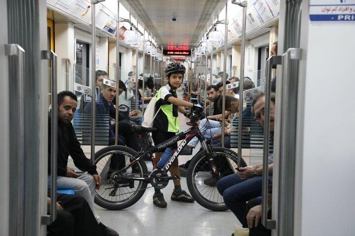 استفاده ۲۵۰۲ دوچرخه سوار از مترو در سال ۹۹