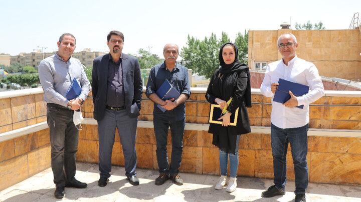 برگزاری داوری جشنواره عکس قابهای آزادی در منطقه ۹