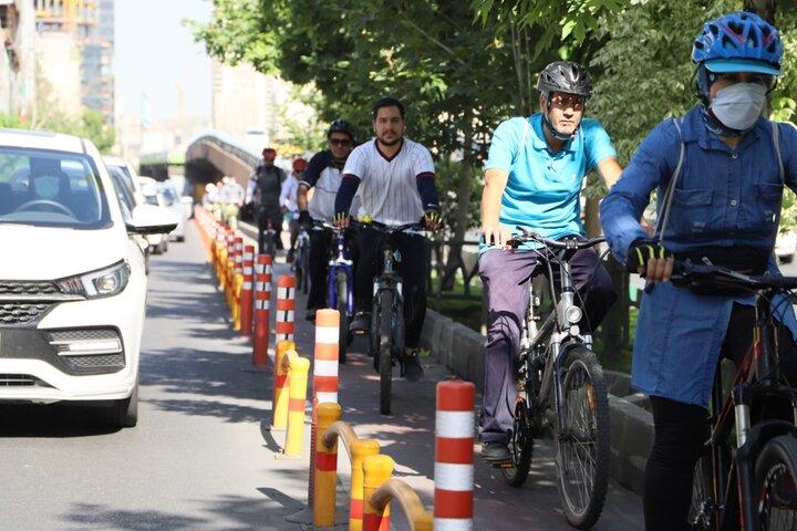 ترویج فرهنگ دوچرخه سواری همزمان با روز جهانی دوچرخه