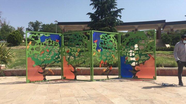 نصب احجام رنگارنگ و زیبا در منطقه ۴ تهران