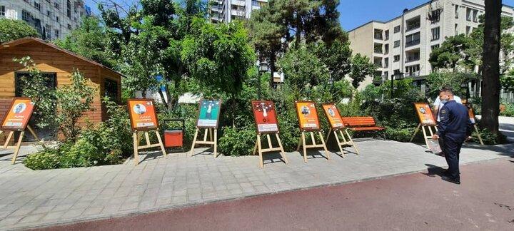 نمایش پوسترهای «مقابله با کار کودک» در فضاهای عمومی