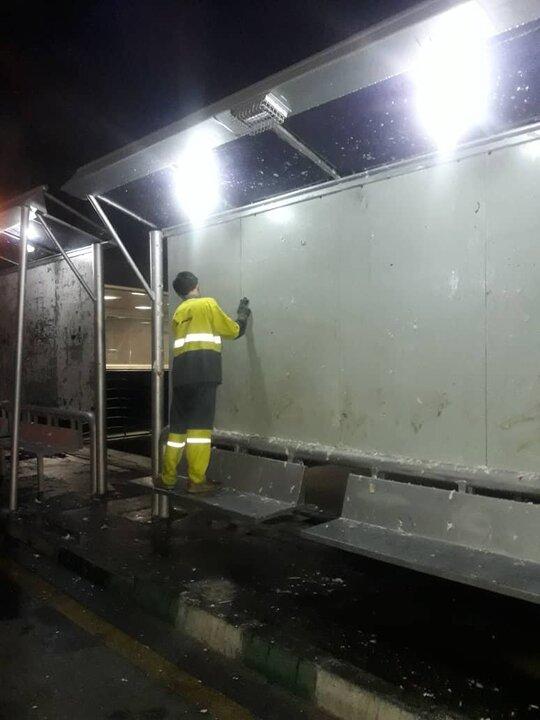 پاکسازی دیواره های منطقه ۴ پس از انتخابات ۱۴۰۰