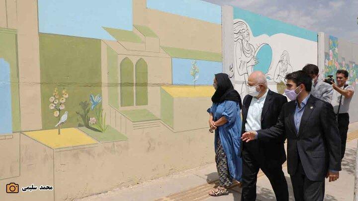 بازدید از فاز دوم دیوار نگاره های خیابان بدرالزمان قریب