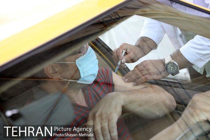 واکسیناسیون ۴۵ هزار راننده تاکسی در دو هفته انجام میشود