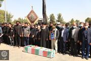 پیکر شهید مدافع حرم «مرتضی کریمی» در خاک آرام گرفت