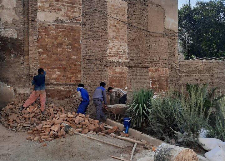 اجرای ۵ پروژه پیرایش شهری در جدارههای خیابان شوش آغاز شد
