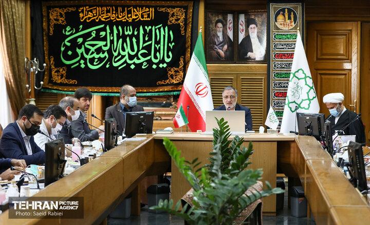 ضرورت توجه توامان به کالبد و روح شهر/ فاصله فقر و غنا در تهران به معنای واقعی دیده می شود