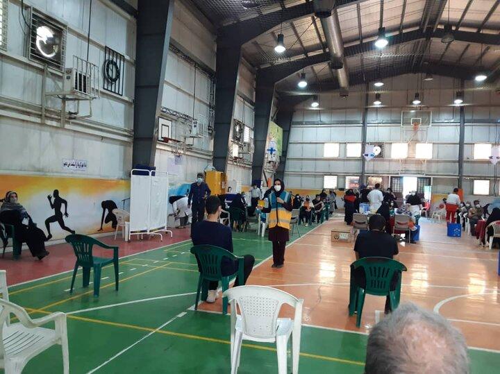 فعالیت داوطلبانه گروه های دوام منطقه ۱۴ در مراکز واکسیناسیون