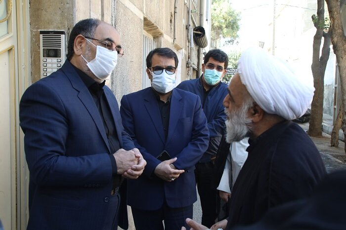دیدار شهردار منطقه۱۷ با خانواده شهید مدافع امنیت