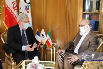 تهران همواره ارتباط خوبی با فرهنگ و ملت فرانسه داشته است