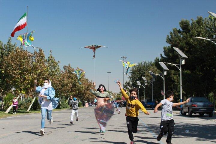 حضور کودکان مراکز پرتو در ویژه برنامه روز ملی کودک